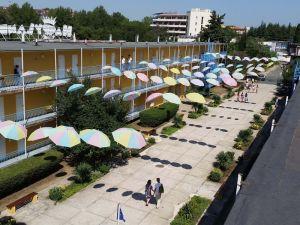 hotel-continental-happyland-suncev-breg