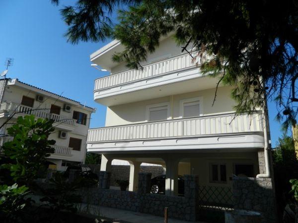 Vila Zina Evia Pefki