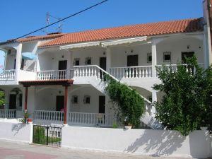 vila-nikos-polihrono